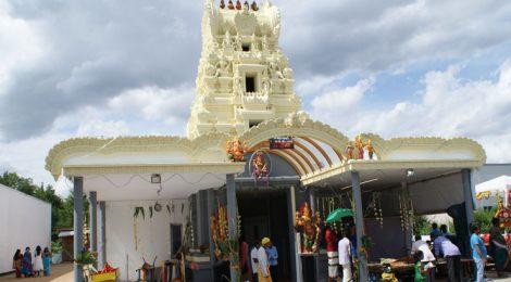 Jahresfest im Hindu Tempel