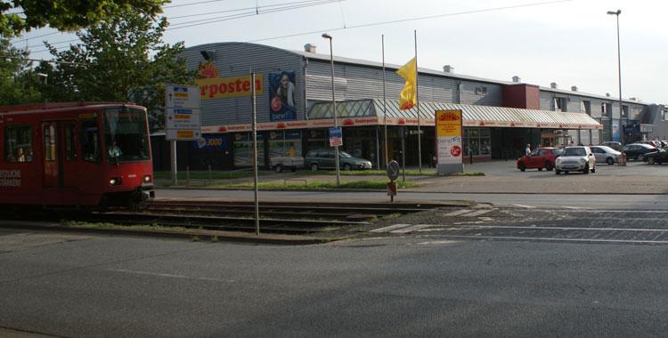 23.05. - Wettbüro in Badenstedt überfallen - Zeugen gesucht
